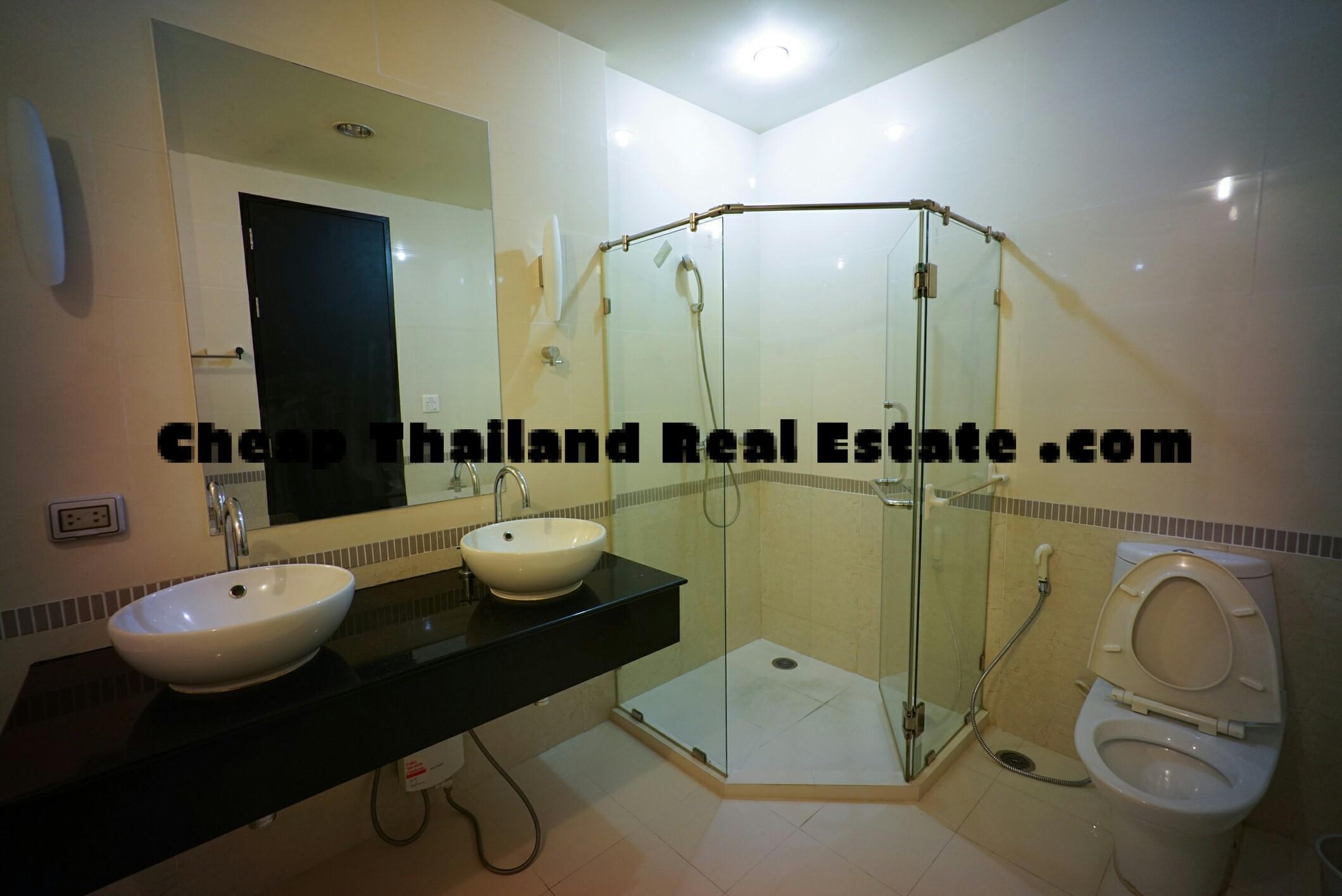 Giant Comfort 3BR- Patumwan Condos – Baan Klang Krung Siam